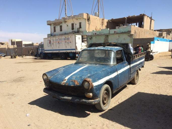 a fish transport car for Port de Peche