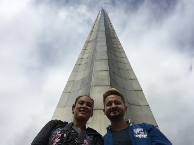 selfie with this monumental war memorial